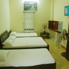 Отель Homestay Hong Cong Хойан комната для гостей