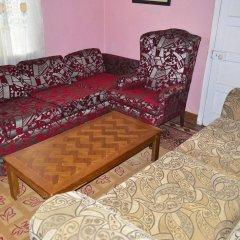 Отель Little Shaw Park Guest House комната для гостей
