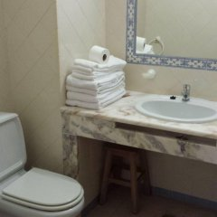 Отель Clube Meia Praia ванная фото 2