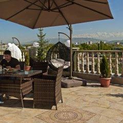 Отель Гарден Отель Кыргызстан, Бишкек - отзывы, цены и фото номеров - забронировать отель Гарден Отель онлайн с домашними животными