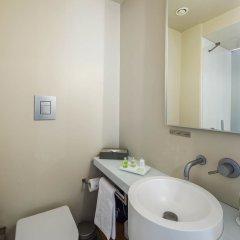 Отель NH Milano Palazzo Moscova Италия, Милан - отзывы, цены и фото номеров - забронировать отель NH Milano Palazzo Moscova онлайн ванная