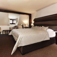 Отель Hoffmeister&Spa Прага сейф в номере