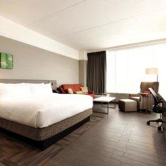 Отель Hilton Garden Inn Calgary Downtown комната для гостей фото 5