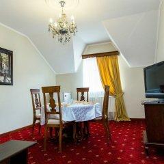 Гостиница Malahovsky Ochag Hotel в Малаховке отзывы, цены и фото номеров - забронировать гостиницу Malahovsky Ochag Hotel онлайн Малаховка комната для гостей