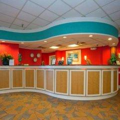 Отель Dolphin Beach Resort интерьер отеля фото 3
