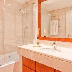 Отель Your Lisbon Home Cabo Ruivo ванная фото 2