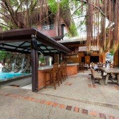 Отель Jang Resort бассейн