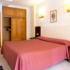 Отель Amoros комната для гостей фото 4