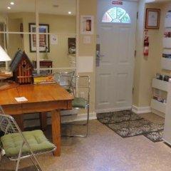 Отель Kings Corner Guest House Канада, Ванкувер - отзывы, цены и фото номеров - забронировать отель Kings Corner Guest House онлайн удобства в номере фото 2