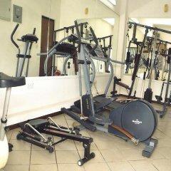 Отель Jade Court фитнесс-зал