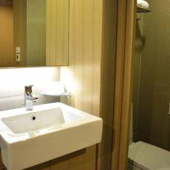 Отель A-One Motel Бангкок ванная