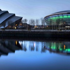 Отель Holiday Inn Express Glasgow Airport Великобритания, Пейсли - отзывы, цены и фото номеров - забронировать отель Holiday Inn Express Glasgow Airport онлайн приотельная территория