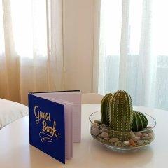 Отель Nice Booking - Emeraude Balcon Vue mer удобства в номере