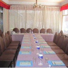 Отель Tasi Dhargey Inn Непал, Катманду - отзывы, цены и фото номеров - забронировать отель Tasi Dhargey Inn онлайн помещение для мероприятий