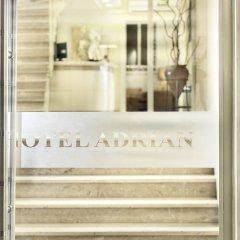 Adrian Hotel в номере фото 2
