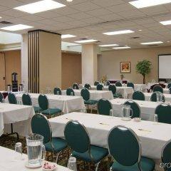 Отель Holiday Inn Ottawa East Канада, Оттава - отзывы, цены и фото номеров - забронировать отель Holiday Inn Ottawa East онлайн помещение для мероприятий фото 2