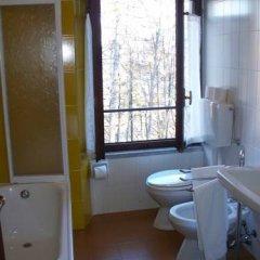 Отель Agriturismo Monterosso Италия, Вербания - отзывы, цены и фото номеров - забронировать отель Agriturismo Monterosso онлайн ванная фото 2