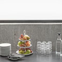 First Hotel Arlanda Airport питание