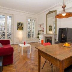 Отель BP Apartments - Le Marais area Франция, Париж - отзывы, цены и фото номеров - забронировать отель BP Apartments - Le Marais area онлайн комната для гостей фото 3