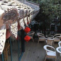 Отель Beehome International Youth Hostel- Lujiazui Китай, Шанхай - отзывы, цены и фото номеров - забронировать отель Beehome International Youth Hostel- Lujiazui онлайн приотельная территория фото 2