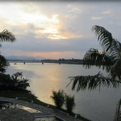 Отель Huong Giang Hotel Resort & Spa Вьетнам, Хюэ - 1 отзыв об отеле, цены и фото номеров - забронировать отель Huong Giang Hotel Resort & Spa онлайн приотельная территория