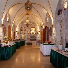Отель AZZAHRA Иерусалим помещение для мероприятий фото 2