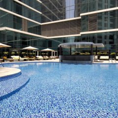 Отель Taj Dubai бассейн