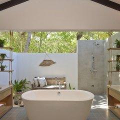 Отель Grand Park Kodhipparu Мальдивы, Гиравару - отзывы, цены и фото номеров - забронировать отель Grand Park Kodhipparu онлайн ванная фото 3