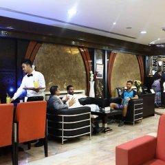 Отель Al Hayat Hotel Suites ОАЭ, Шарджа - отзывы, цены и фото номеров - забронировать отель Al Hayat Hotel Suites онлайн питание фото 2