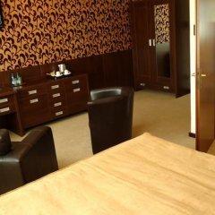 Отель Centrum Barnabitów гостиничный бар
