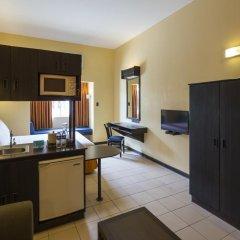 Отель Microtel Inn And Suites Davao Филиппины, Давао - отзывы, цены и фото номеров - забронировать отель Microtel Inn And Suites Davao онлайн комната для гостей