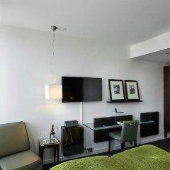 Отель The Square Дания, Копенгаген - отзывы, цены и фото номеров - забронировать отель The Square онлайн удобства в номере фото 2