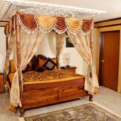 Отель Chokhi Dhani Resort Jaipur в номере