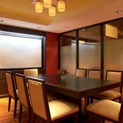 Отель Bandara Suites Silom Bangkok фото 16