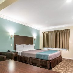 Отель Rodeway Inn & Suites LAX комната для гостей фото 3