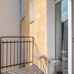 Отель FM Luxury 3-BDR Apartment - Sofia Dream Apartments Болгария, София - отзывы, цены и фото номеров - забронировать отель FM Luxury 3-BDR Apartment - Sofia Dream Apartments онлайн балкон