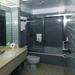 Отель Metro Plaza Hotel США, Лос-Анджелес - отзывы, цены и фото номеров - забронировать отель Metro Plaza Hotel онлайн ванная