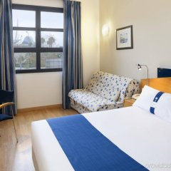 Отель Holiday Inn Express Valencia Ciudad de las Ciencias комната для гостей фото 2