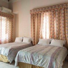 Отель Gibbs Chateau Ямайка, Монтего-Бей - отзывы, цены и фото номеров - забронировать отель Gibbs Chateau онлайн комната для гостей фото 4