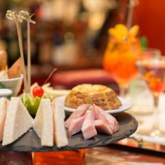 Отель SHG Hotel Antonella Италия, Помеция - 1 отзыв об отеле, цены и фото номеров - забронировать отель SHG Hotel Antonella онлайн питание