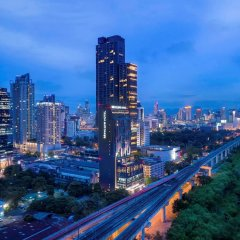 Отель Mercure Bangkok Makkasan Бангкок городской автобус