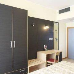 Hotel Arno Римини удобства в номере фото 2