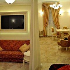 Отель Little Home - Empire Польша, Варшава - отзывы, цены и фото номеров - забронировать отель Little Home - Empire онлайн интерьер отеля фото 3