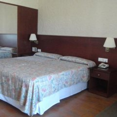 Отель Golf Costa Brava сейф в номере
