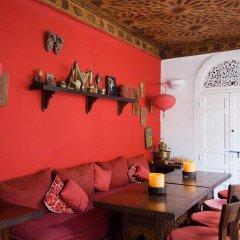 Отель Riad La Terrasse Des Oliviers гостиничный бар