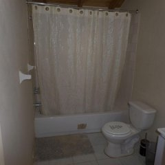 Отель Little Cottage of Rose Hall ванная фото 2