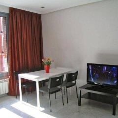 Отель Arizonica Suites Испания, Мадрид - отзывы, цены и фото номеров - забронировать отель Arizonica Suites онлайн комната для гостей
