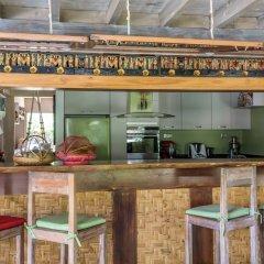 Отель Green Lodge Moorea Французская Полинезия, Папеэте - отзывы, цены и фото номеров - забронировать отель Green Lodge Moorea онлайн гостиничный бар