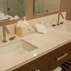 Отель Hilton Garden Inn Los Angeles Montebello Монтебелло ванная фото 2