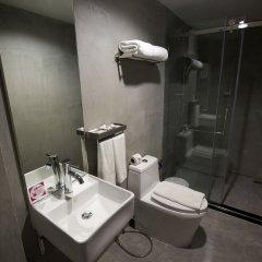 Отель 63 Bangkok Boutique Bed & Breakfast ванная